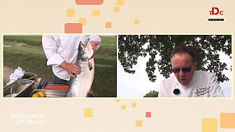 Instants Gourmands TVdesChefs: Toasts au Saumon fumé au sel de Guérande, crème acidulée aux herbes par Jackie MASSE, chef-cuisinier à l'hôtel-restaurant La Terrasse à Fort-Mahon