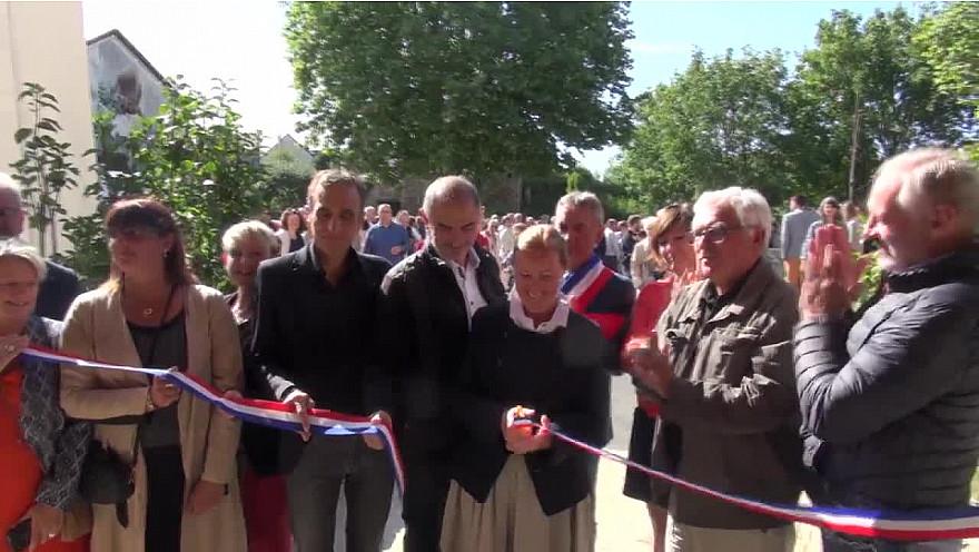 Catherine Sarlandie de La Robertie Préfète de l'Aveyron a inauguré le Tiers Lieu 'Jardin d'Arvieu' le 7 septembre 2019. @Prefet12 #coworking #TiersLieu @dept_aveyron